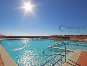1.-Resort-2-Infinity-Pool-And-Lake